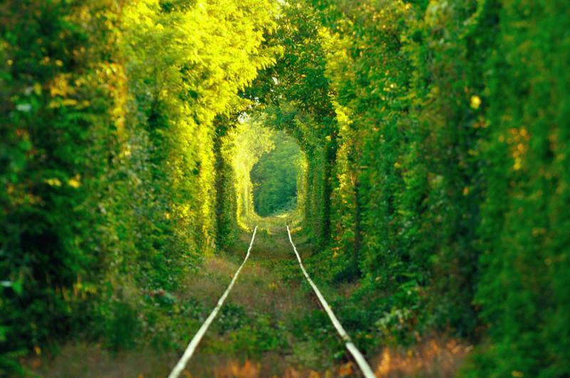 tunnel-love_ukraine