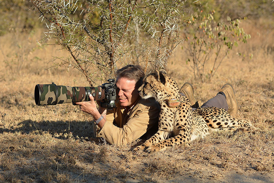16-animals-with-a-passion-for-photography-3