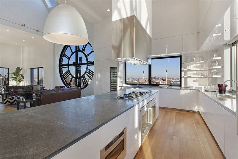 The-Clock-Tower-Transformed-Into-a-Fantastic-House-5