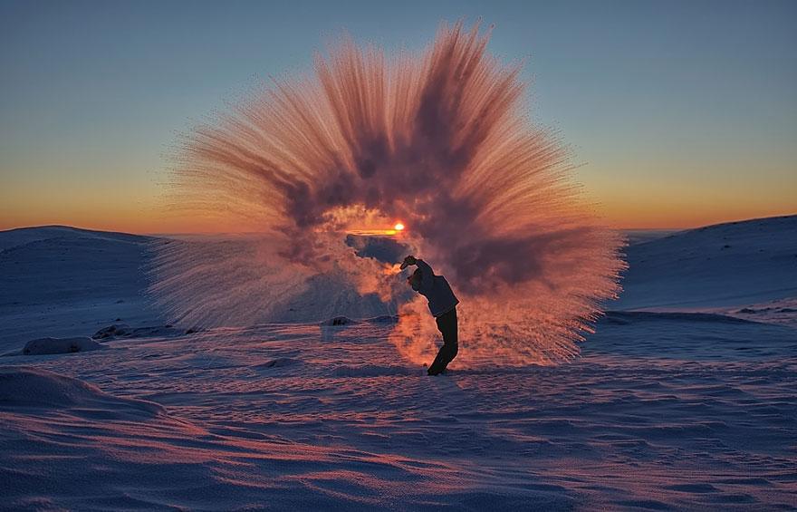 Throwing-Hot-Tea-At-40C-Near-the-Arctic-Circle-During-Sunset-1