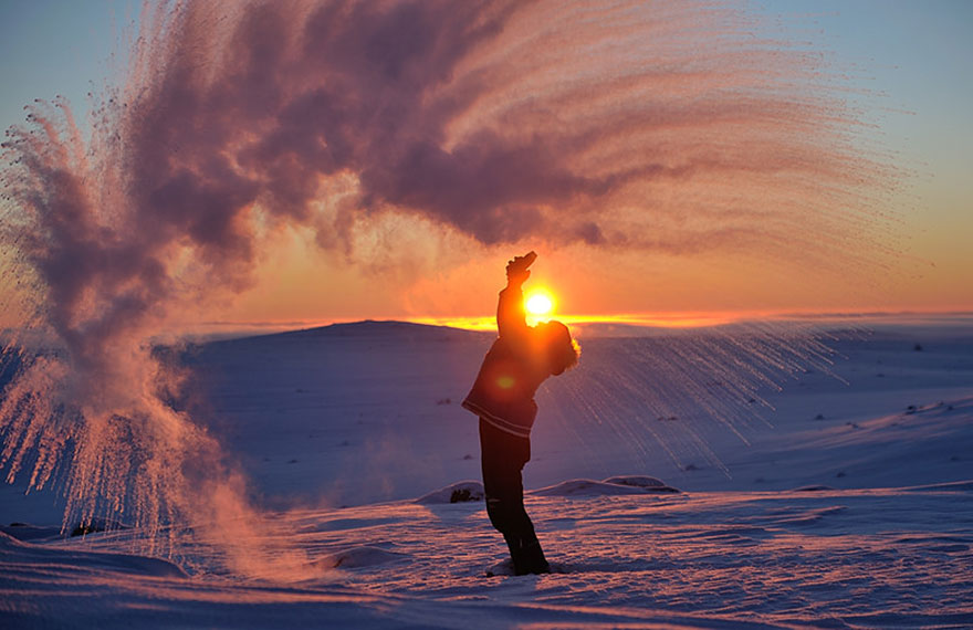 Throwing-Hot-Tea-At-40C-Near-the-Arctic-Circle-During-Sunset-3