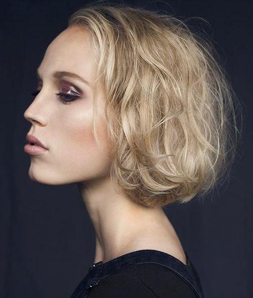 1-blonde-tousled-bob