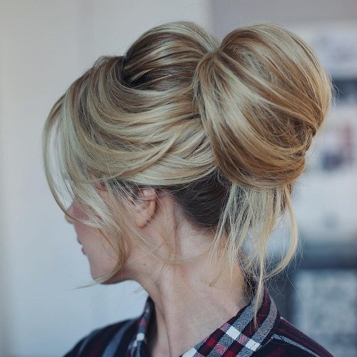 13-blonde-messy-top-knot
