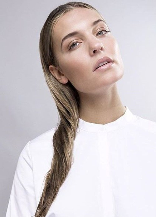 13-easy-wet-hairstyle-for-long-hair