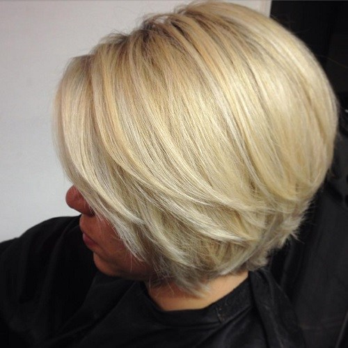 14-blonde-layered-bob-with-highlights