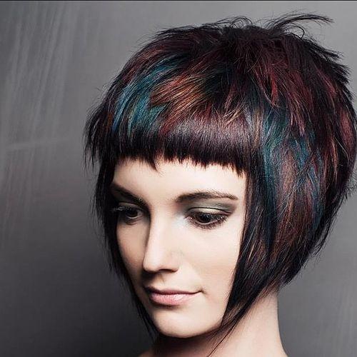 14-brunette-choppy-bob-with-blue-and-burgundy-balayage