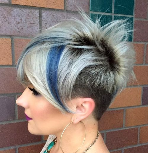 15-funky-blonde-pixie-with-dark-roots-and-blue-highlights