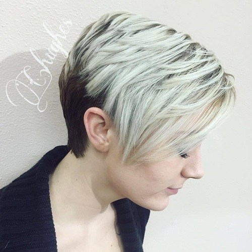 15-short-layered-twotone-hairstyle