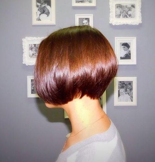 15-sleek-chestnut-brown-stacked-bob
