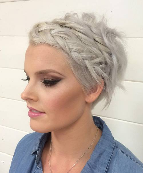 19-short-messy-braided-hairstyle