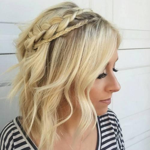 19-wavy-blonde-bob-with-two-braids
