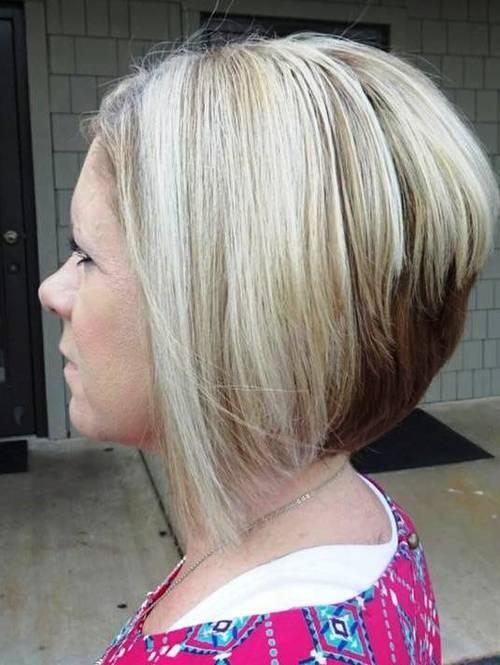 20-blonde-stacked-bob-with-brown-underlayer