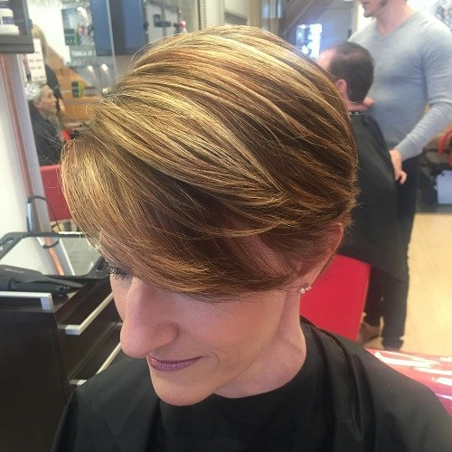 3-short-hairstyle-with-sideswept-bangs