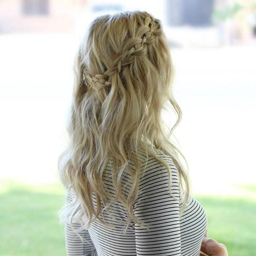 5-casual-waterfall-braid-hairstyle