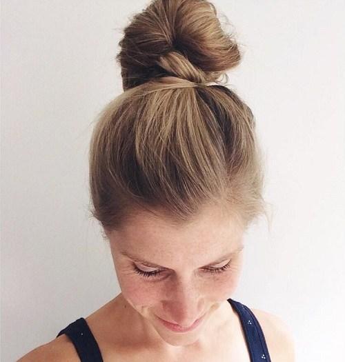 6-simple-top-knot-bun