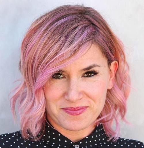 11-pastel-pink-wavy-bob