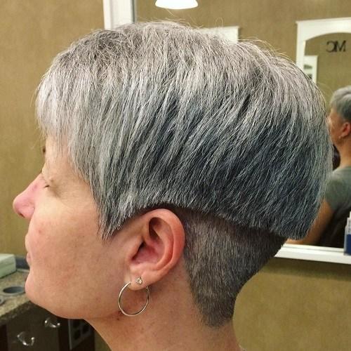 16-short-layered-undercut-haircut-for-gray-hair