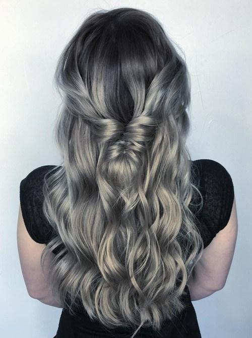 18-long-silver-ombre-hair