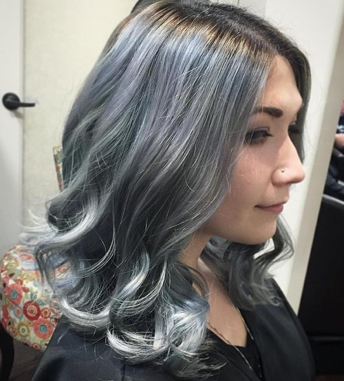 how to avoid hot roots when coloring hair