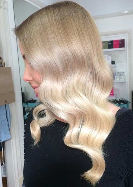 2 Soft Blonde Balayage Hair Look