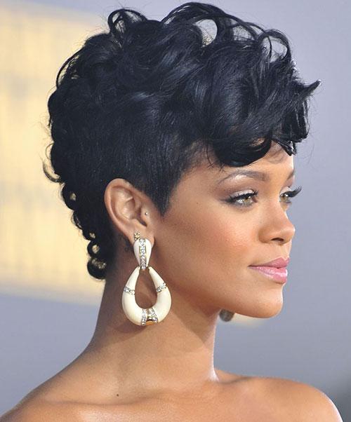 22 Rihanna-Black-Curled-Mohawk