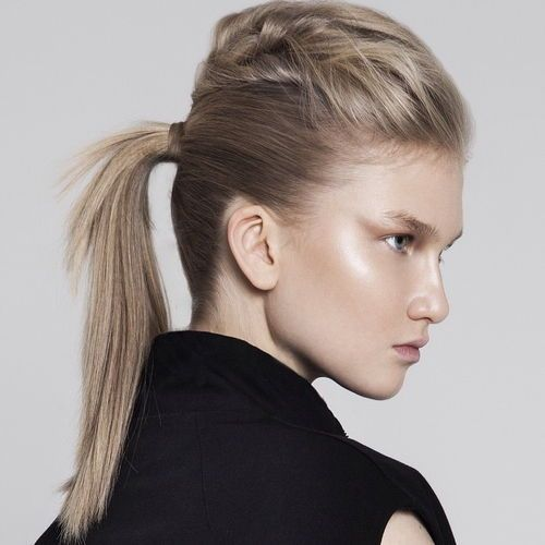 16-ponytail-with-a-bouffant-for-layered-hair