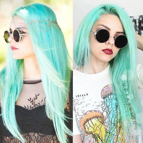 19-turquoise-pastel-hair