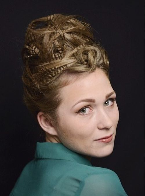 2-crimped-and-twisted-beehive