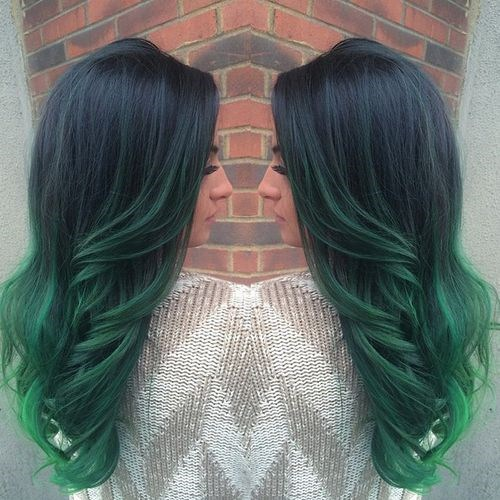 20-black-to-emerald-green-ombre