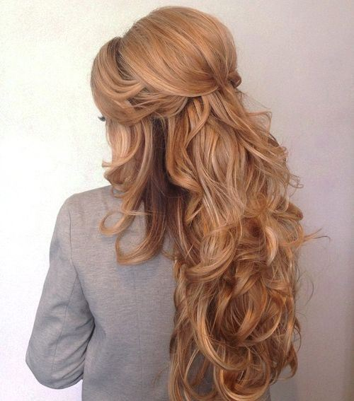 20 unbeelivable retro beehive hairdos sure to turn heads page 5