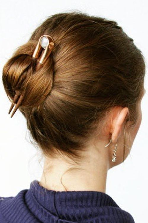 7-easy-bun-for-shorter-hair