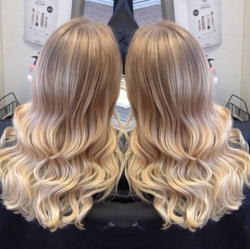 6 bright blonde curls