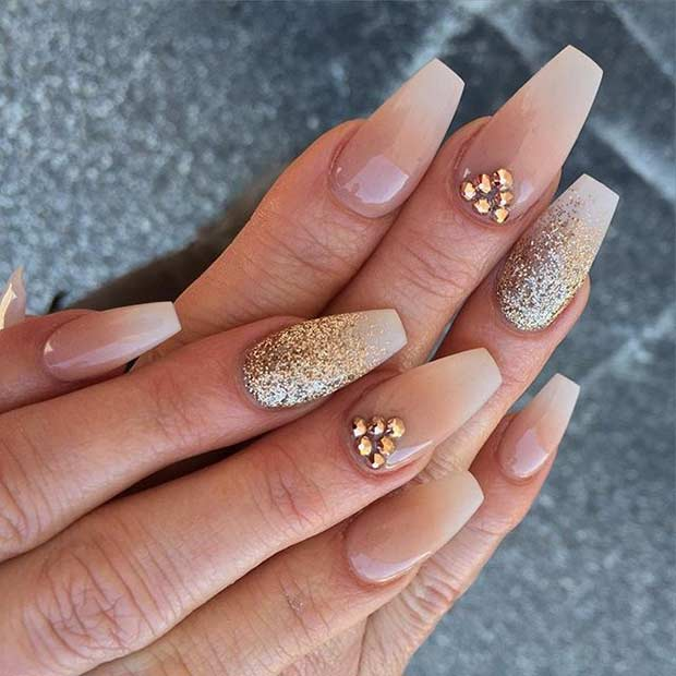 1 Neutral Coffin Nail Design with Gold Glitter
