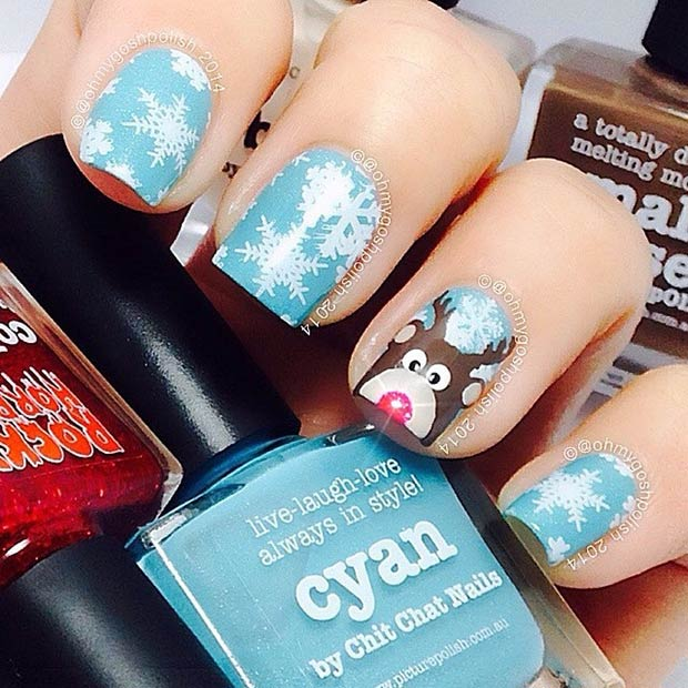 13 Reindeer Accent Nail