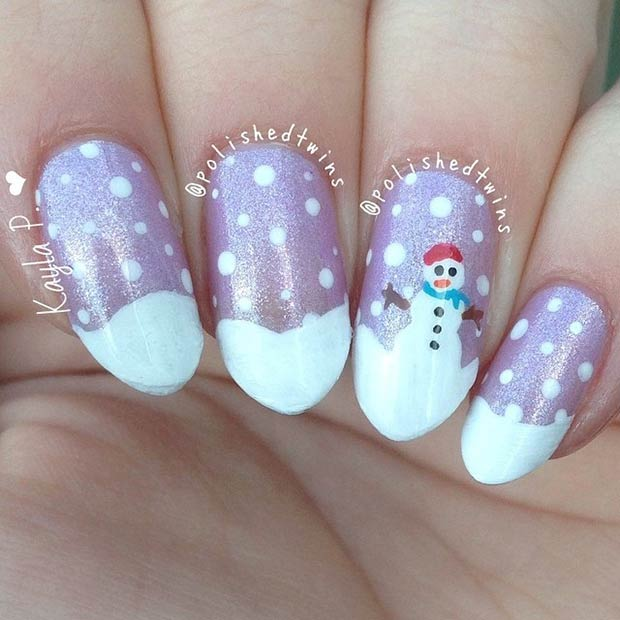 17 White Nails with a Snowman
