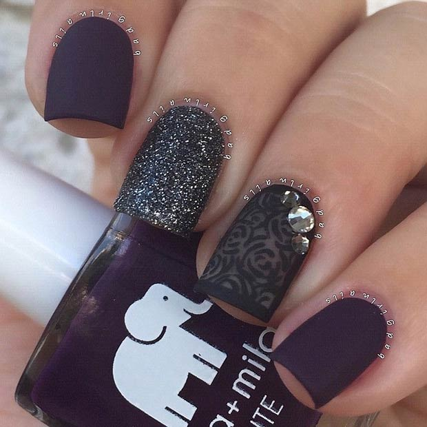25 matte nail designs youll want to copy this fall page 18 18 black dark purple matte nails prinsesfo Image collections