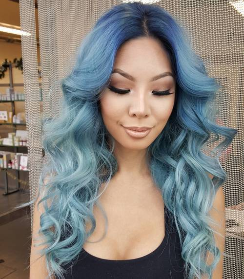 19 pastel blue ombre layered hairstyle