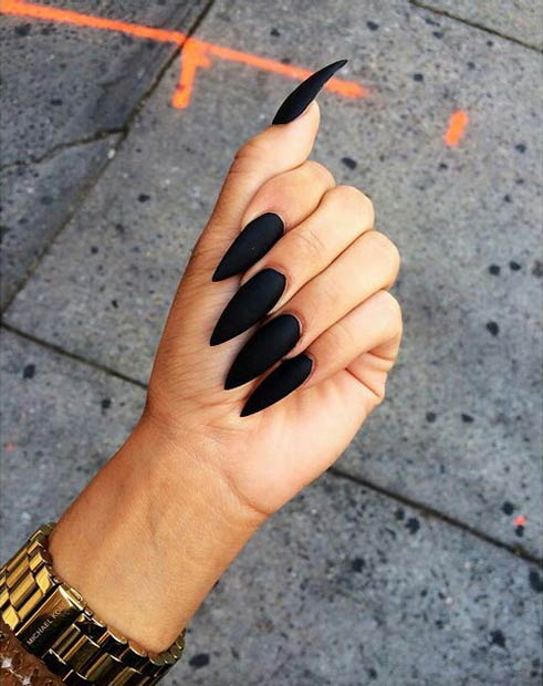 20 Black Matte Stiletto Nails