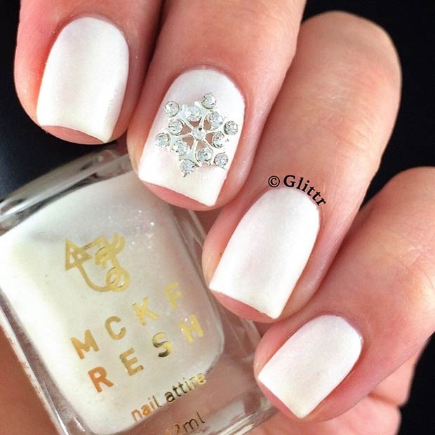 Simple Elegant Fall Nail Designs: 31 Cute Winter-Inspired Nail Art Designs