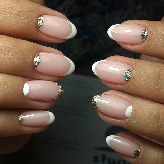 28 Subtle Glitter Wedding Nails