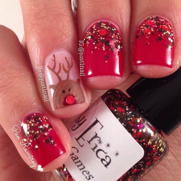 29 Reindeer Accent Nail