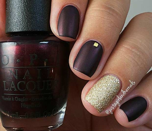48 Dark Matte Nail Design with a Pop of Gold - 55 Super Easy Nail Designs – Page 48 – Foliver Blog