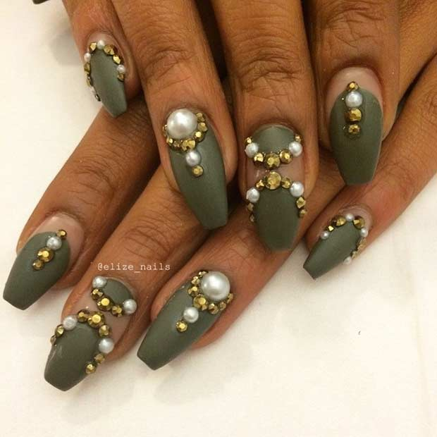 7 Army Green Coffin Nails with Golden Details - 31 Trendy Nail Art Ideas For Coffin Nails – Page 7 – Foliver Blog