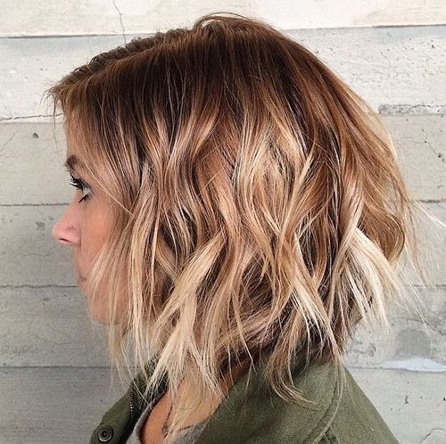 12 disconnected wavy ombre bob