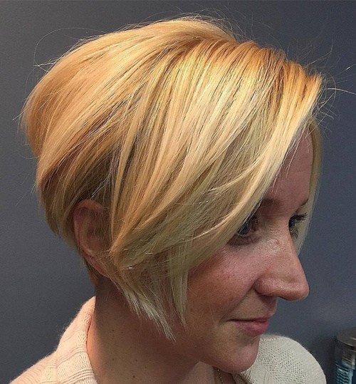 15 short blonde bob with side bangs