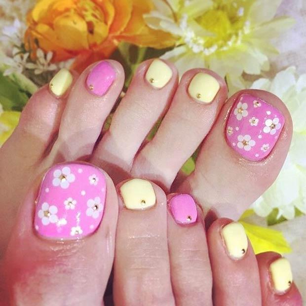 16 Pink & Yellow Flower Design