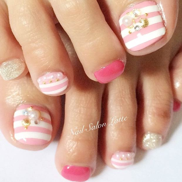 19 Pink and White Stripes Design