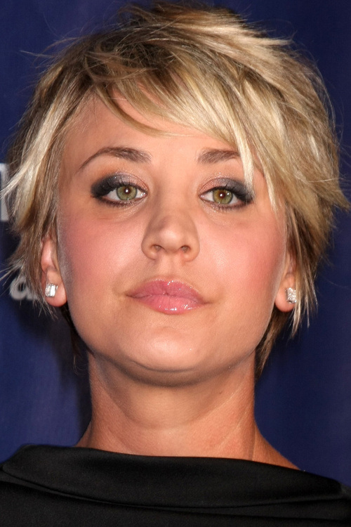 21 brown blonde short edgy hairstyle