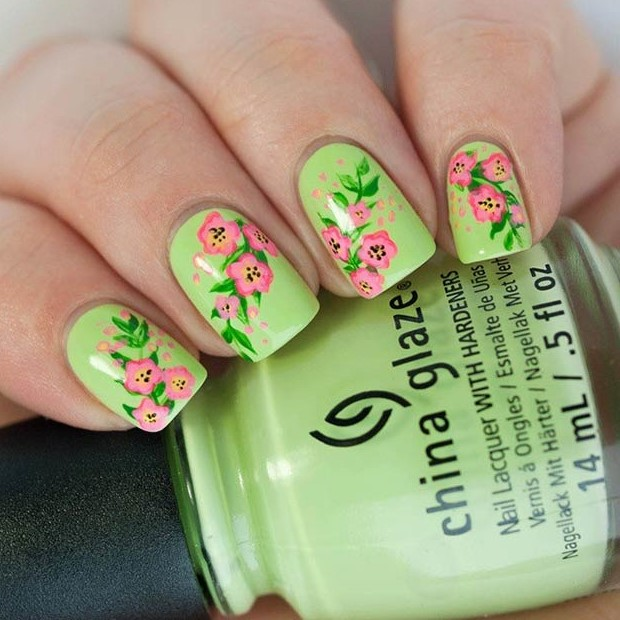 24 Pink and Green Flower Nails