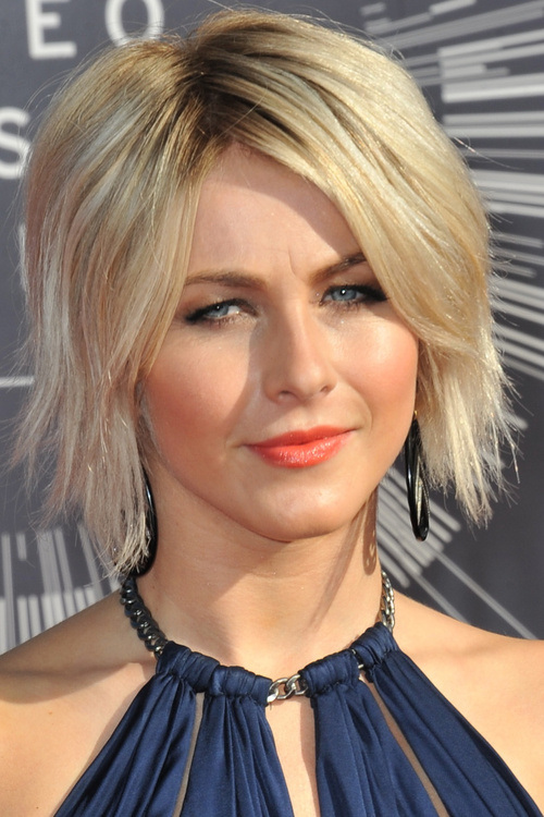 Short Layered Hairstyles For Thick Hair Top 15 Good Bob With Side Bangs Of 27